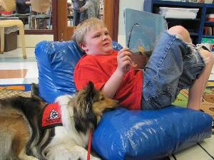 Reading to Dogs @ the Library